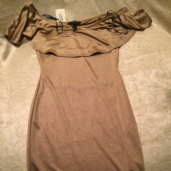 Forever 21 Dresses & Skirts - Gold dress